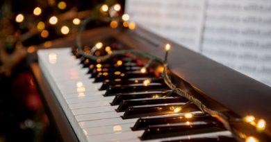 Подарочные сертификат на уроки фортепиано. Занятия в лучших школах Москвы